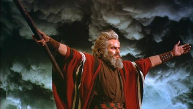 http://redchairmusic.files.wordpress.com/2011/07/charlton-heston-as-moses-the-ten-commandments-1956-paramount.jpg